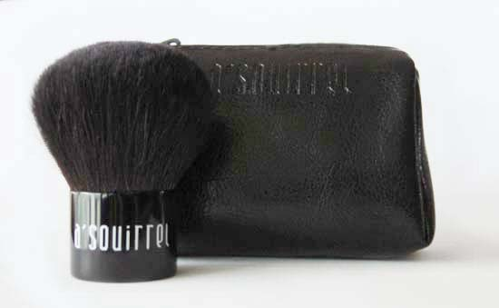 Squirrel Kabuki Brush (with zipper pouch)